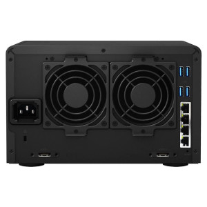 Synology Diskstation DS1515+ hinten